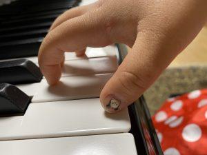 指の教具(グッズ)の利用